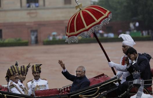 Энэтхэгийн шинэ Ерөнхийлөгч тангараг өргөлөө