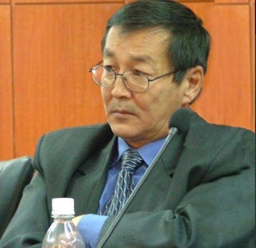 Судлаач Д.Ганхуяг: Дэлхийн намууд ба Монголын намууд