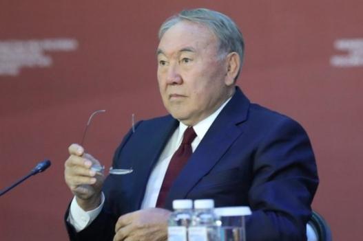 Казахстан улс Оросоос зайгаа барих гэж байна уу?