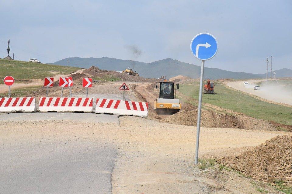 Улаанбаатар-Дархан чиглэлийн зам засварын ажил хэсэгчлэн явагдаж байна