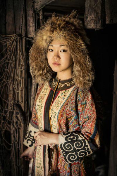 Сибирийн нүүр царай: Якутуудын ард түмний хөрөг зургууд