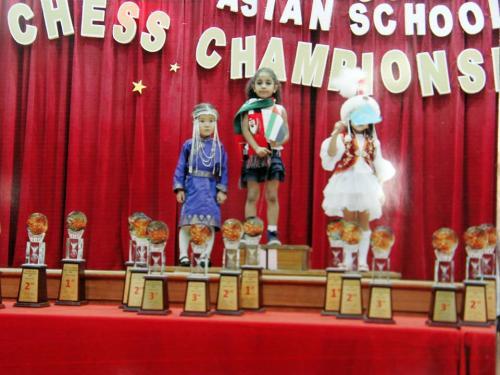 """5 настай Э.Одмаа Азийн сурагчдын шатрын аварга шалгаруулах тэмцээнээс """"мөнгөн медаль"""" хүртлээ"""