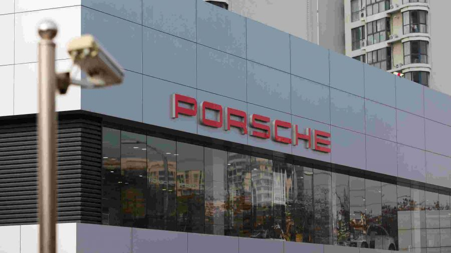 """""""Porsche"""" БНХАУ-аас олон мянган автомашинаа эргүүлэн татна"""