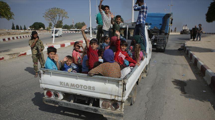 Сирийн дүрвэгсэд эх орондоо буцаж эхэлжээ