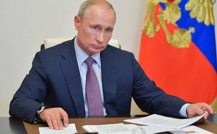 В.Путин Үндсэн хуулийн нэмэлт, өөрчлөлтийг боловсруулсан ажлын хэсэгтэй уулзана
