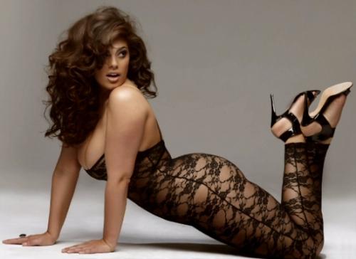 Махлаг модель Эшли Грэм: Туранхай хүн заавал модель байх албагүй