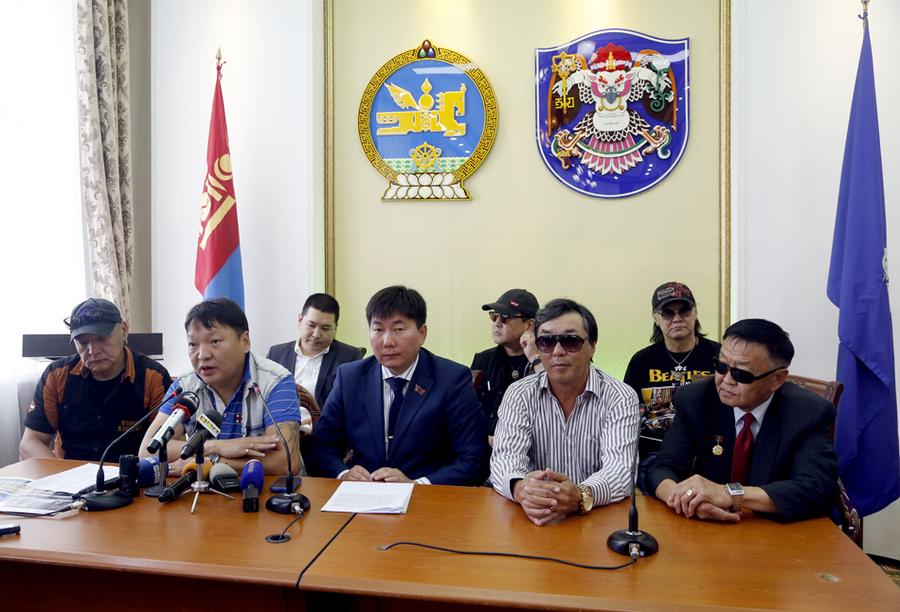 """Чингисийн талбайд энэ сарын 30-нд """"Алдрын хүндэтгэл"""" арга хэмжээ болно"""