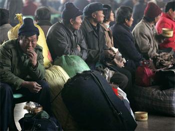 Баян-Өлгийд хятад иргэд хууль бусаар алт ухаж байжээ