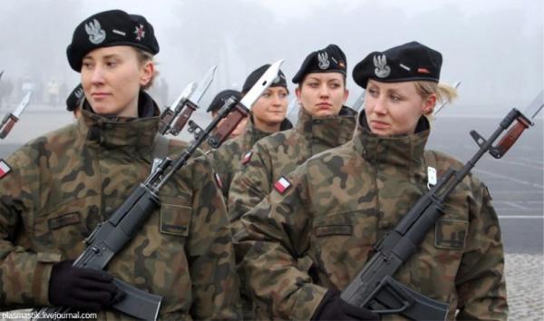Норвегид эмэгтэйчүүдийг цэргийн албанд татдаг болно