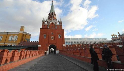 Хэн ч Оросыг ганцаардуулж, сүрдүүлж чадахгүй