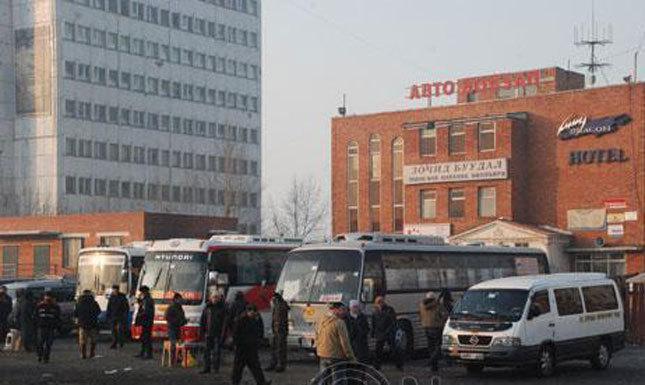 100 гаруй жолооч нийтийн тээвэрт явах эрхээ хасуулжээ