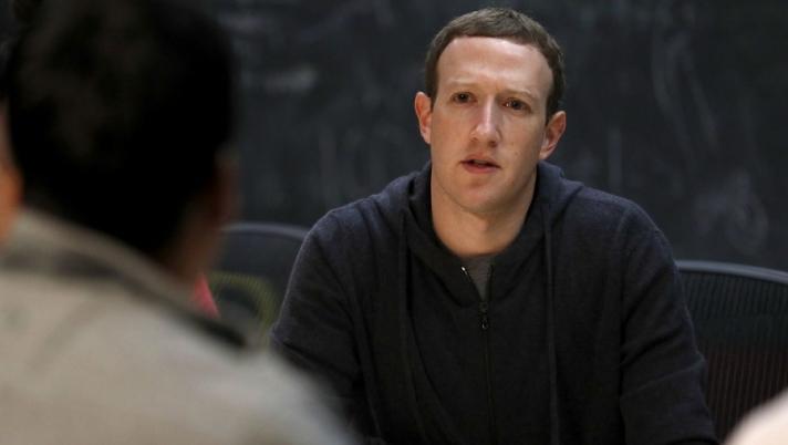 """""""Фэйсбүүк"""" компанийн эсрэг шүүхэд нэхэмжлэл гаргажээ"""