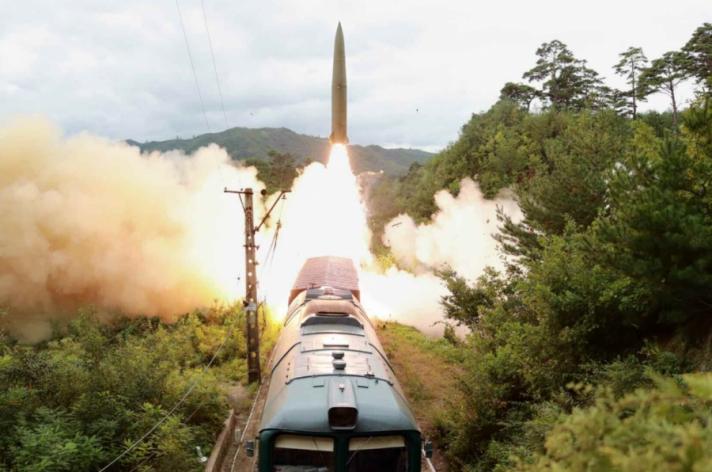 БНАСАУ галт тэрэгнээс пуужин харважээ