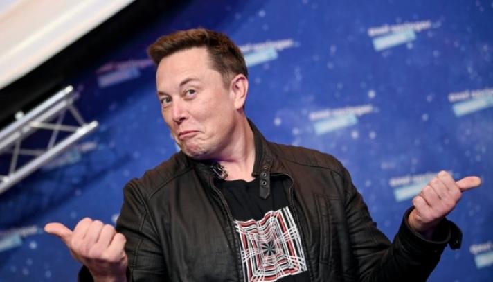 """Илон Маск """"Tesla""""-гийн төв байрыг Техас руу нүүлгэхээр шийджээ"""