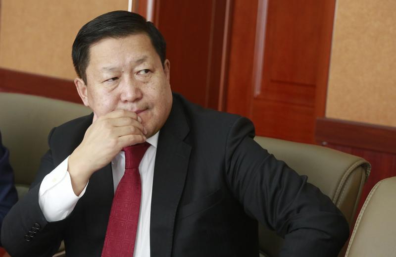 Монголбанкны ерөнхийлөгч Н.Баяртсайханыг албан тушаалаас нь чөлөөлөв