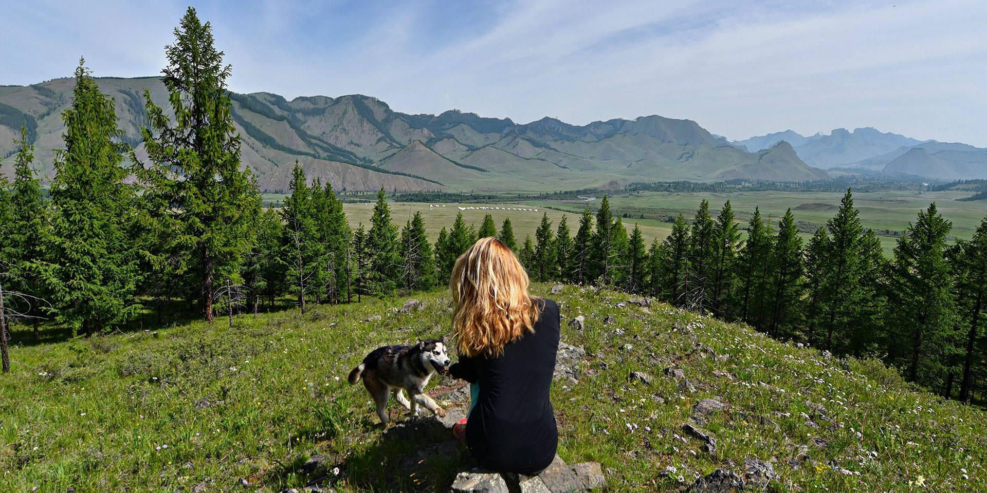 Дэлхийгээр аялсан эмэгтэй Монголыг хамгийн сайхан орноор нэрлэв
