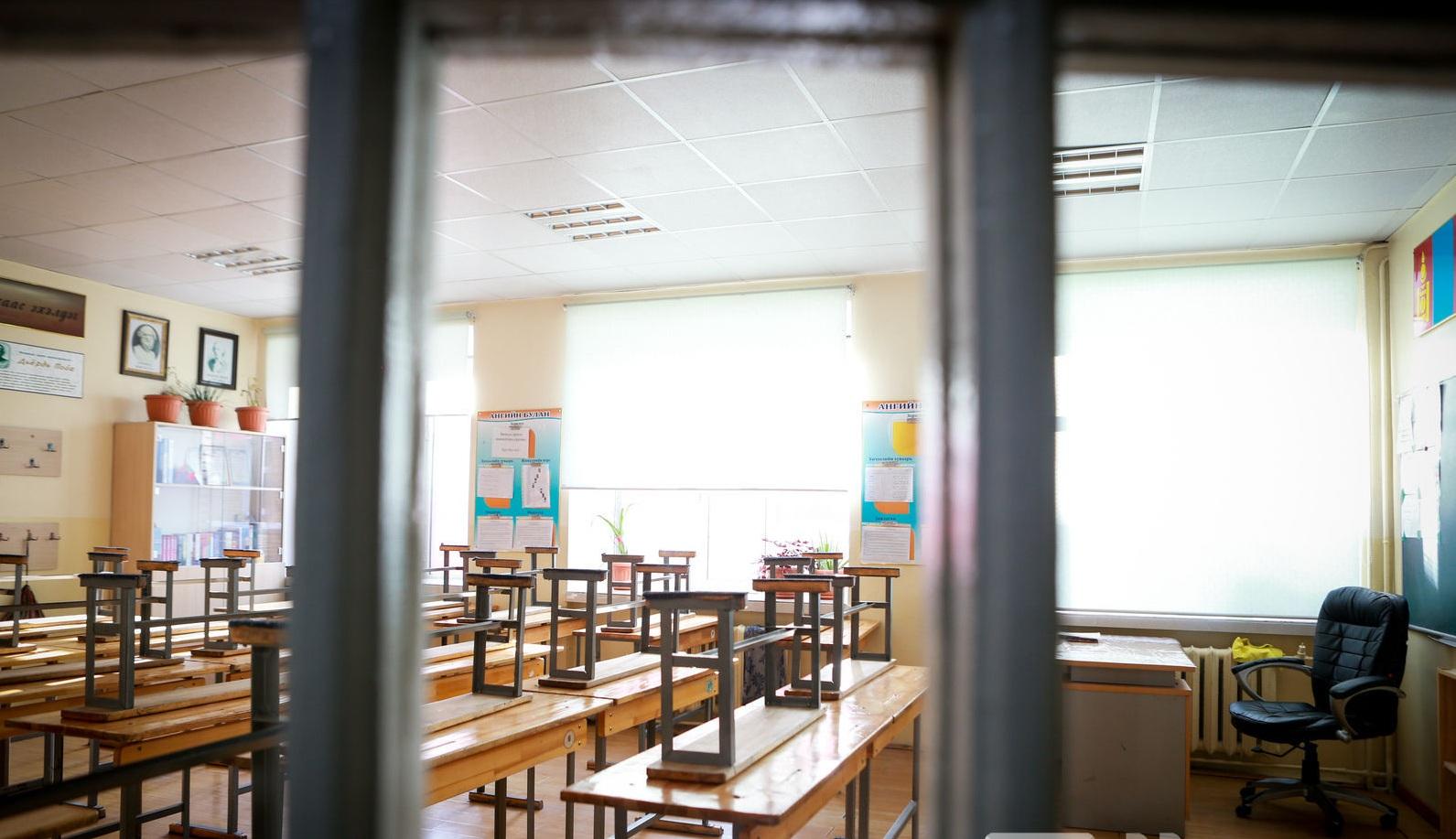 Нийслэлийн ЕБС болон их дээд сургууль, коллежийг танхимаар хичээллүүлэх саналыг дэмжсэнгүй