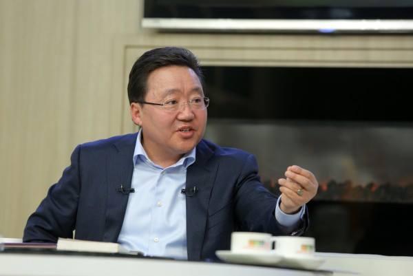 """Ц.Элбэгдорж: Хийн хоолойг Монголын нутгаар дамжуулах тухай төслийг Оросууд """"судалъя"""" гэвэл """"үгүй"""" гэсэн үг"""