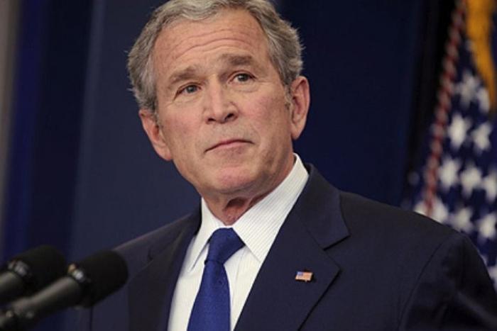 Хүү Жорж Буш Путинийг
