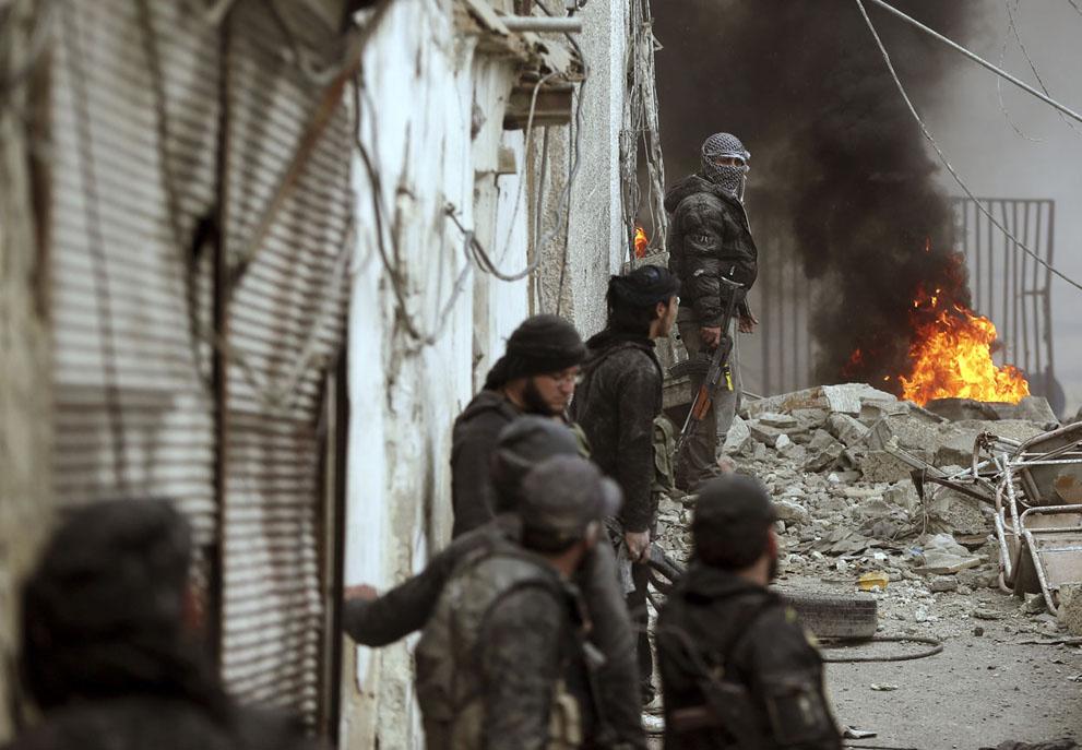 Сирид 20 мянга гаруй гадаадын дайчин байлдаж байна