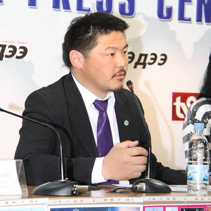 Э.Хишигбаяр: Монгол мориор дэлхийг тойрно