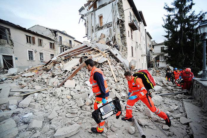 Италид хүчтэй газар хөдлөлт болов