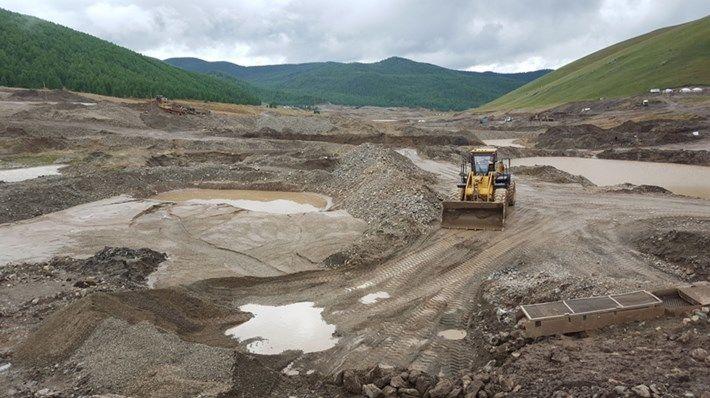 Булган, Дундговь, Төв аймгийн 12 сум цахилгаантай боллоо