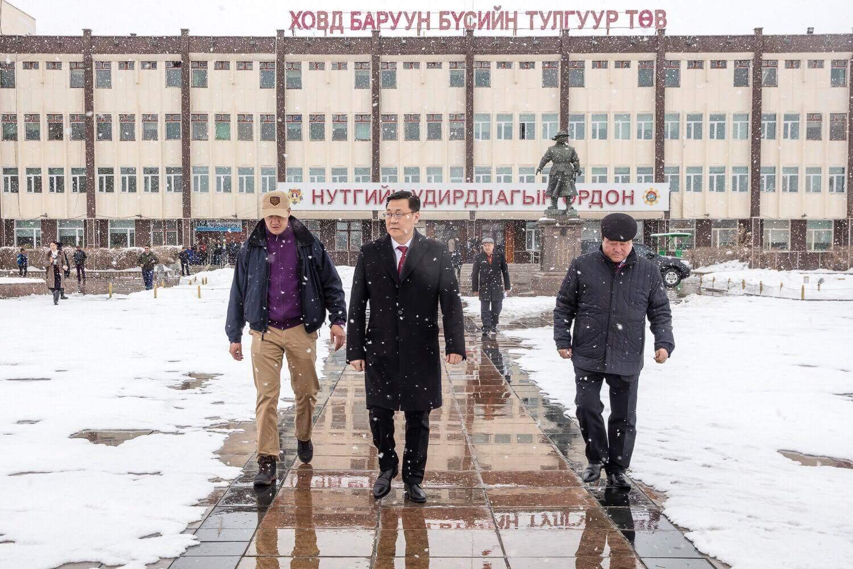 Баянхонгор Говь-Алтай чиглэлийн замыг энэ онд дуусгана