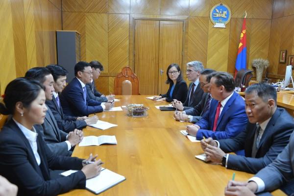 Ж.Эрдэнэбат: Оюутолгой компани эрчим хүчээ Монгол Улсаас худалдаж авах ёстой