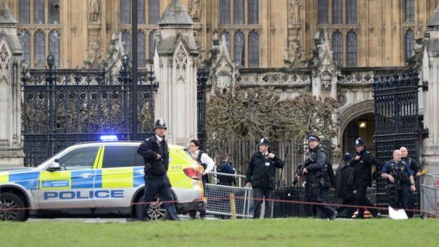 Их Британид террорист халдлага гарсны улмаас 5 хүн амиа алдав