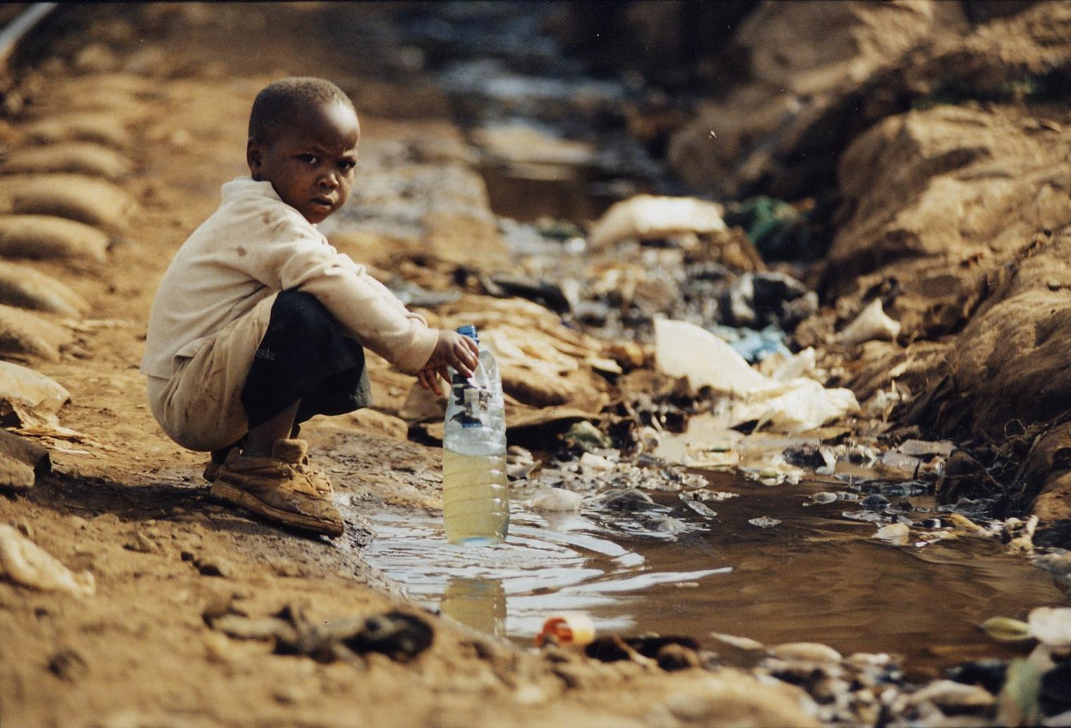 2040 он гэхэд 600 сая гаруй хүүхэд ундны усаар гачигдана