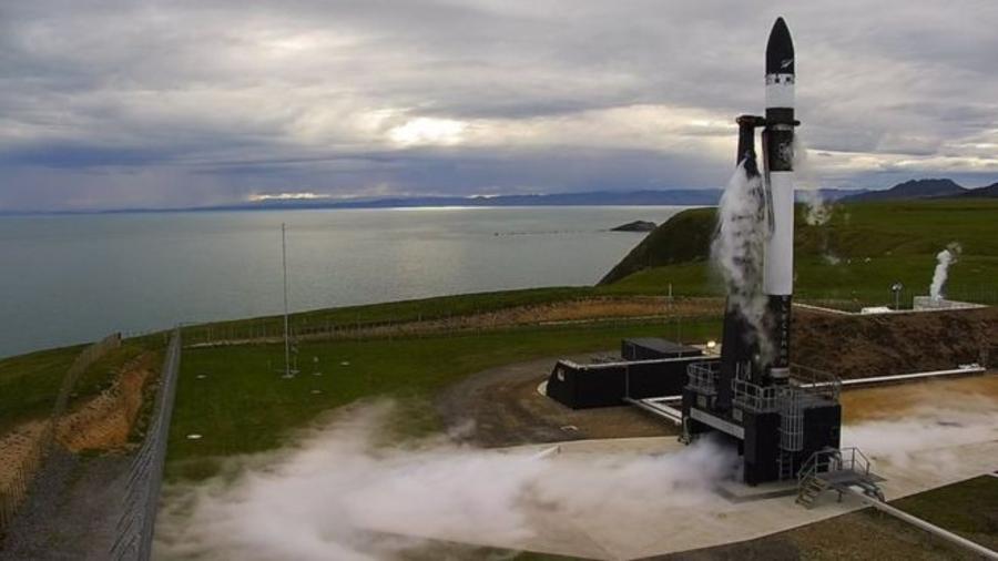 Шинэ Зеландаас анх удаагаа пуужин хөөргөжээ
