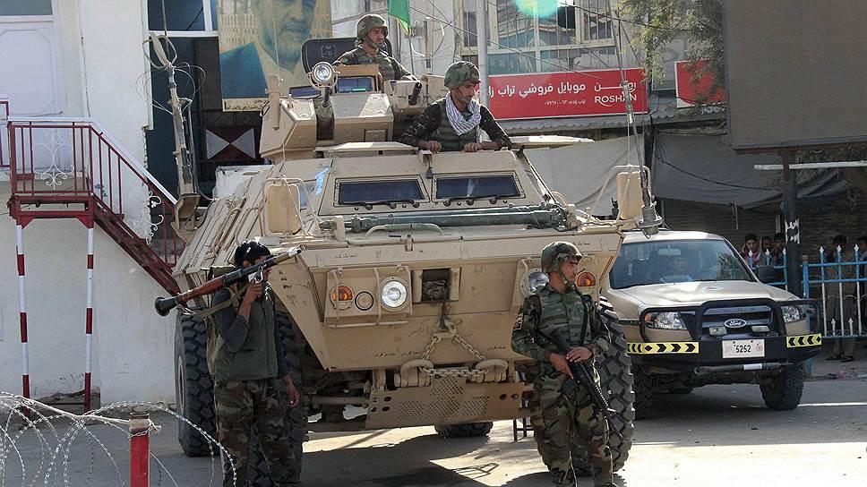 Афганистанд армийн хуаран дайралтад өртжээ