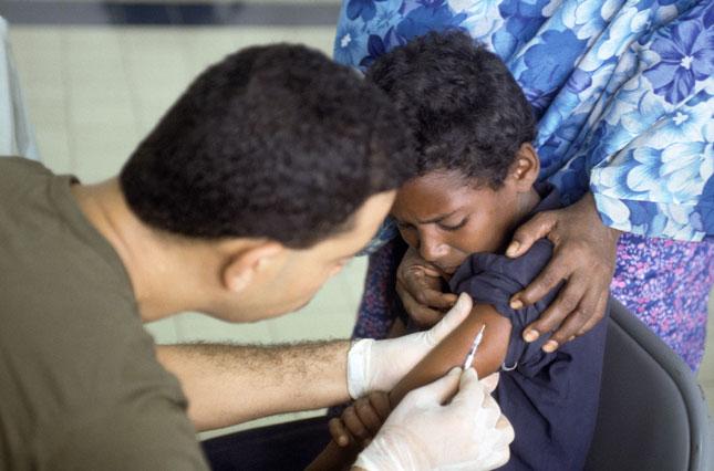 Чанаргүй вакцины улмаас 100 орчим хүүхэд амиа алджээ