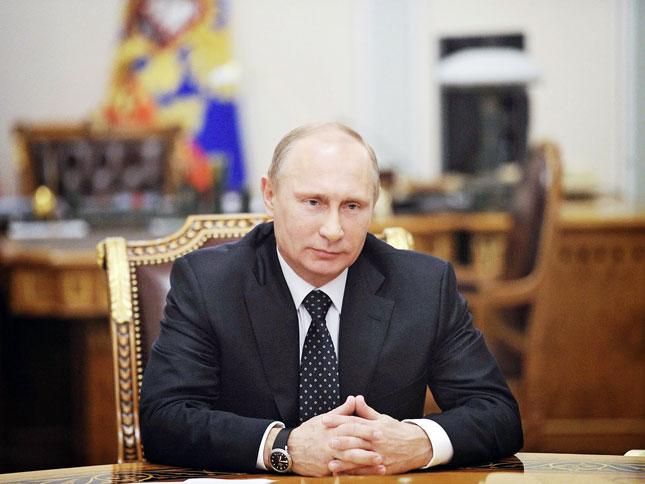 В.Путин И.Сечинийн хүүг одонгоор шагнажээ