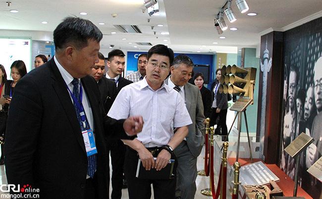 Монгол улсын хэвлэлийн төлөөлөгчдийн айлчлал өндөрлөв