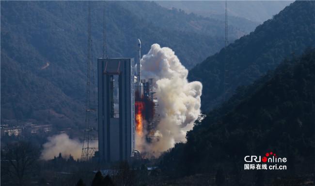 Хятад улс хоёр хиймэл дагуулыг хөөргөв