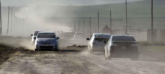 Монгол залуус фургон автомашины дотор гайхамшгийг бүтээв /фото/