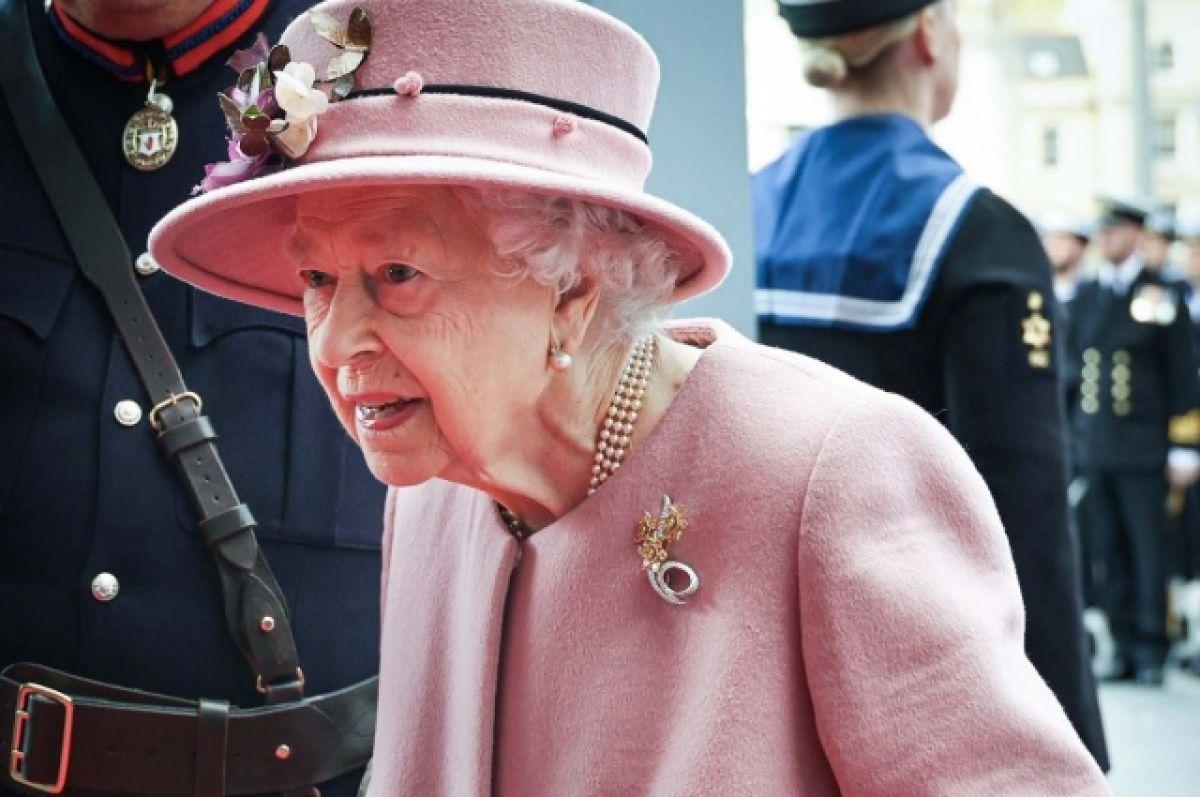 Их Британийн хатан хааны бие чилээрхжээ