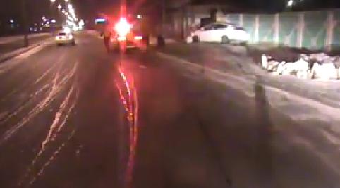Сэрэмжлүүлэг: Согтуу эмэгтэй жолооч осол гаргаж, нэг хүн нас барлаа