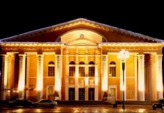 Драмын театрынхан төрийн хишиг хүртэв