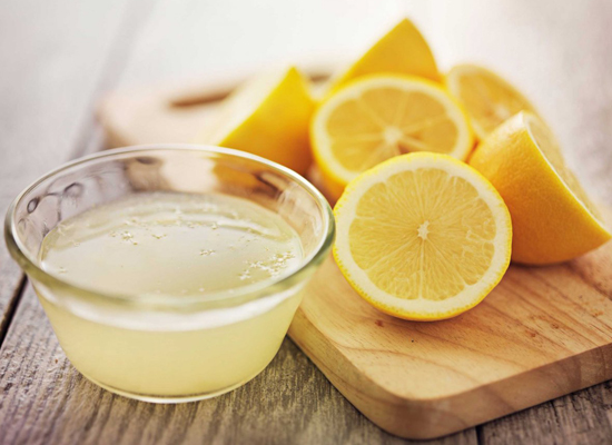 Нимбэгний цэвэр шүүс уухад таны шүд гэмтэх учир устай холин шингэлж уух нь зөв
