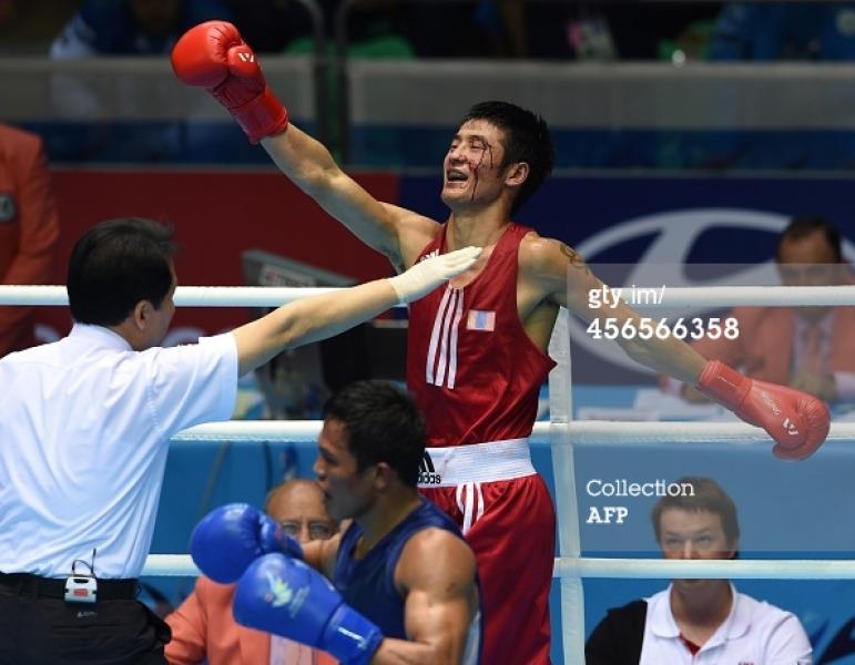 Д.Отгондалай Тайландын боксчинтой тулалдсан бичлэг