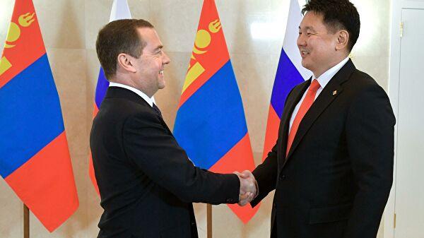 Д.Медведев: Бид Монголыг найрсаг улс гэж үздэг