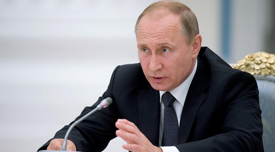 """""""Fake News""""-ийг хориглох хуулийг Владимир Путин баталжээ"""