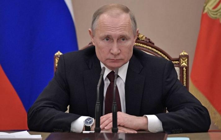 В.Путин эмийн үнийг тогтоох тухай хуульд гарын үсэг зуржээ