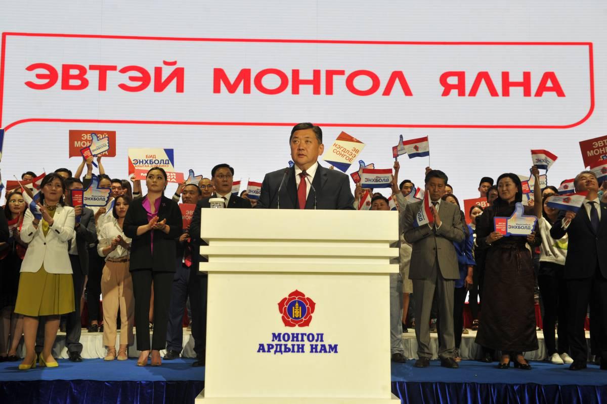 """МИЕЭГОМБЫН ЭНХБОЛД: Иргэд сонгогчид маань """"Эвтэй Монгол-Ээлтэй төр""""-өө сонгохыг хүсэж байгааг бид мэдэрлээ"""