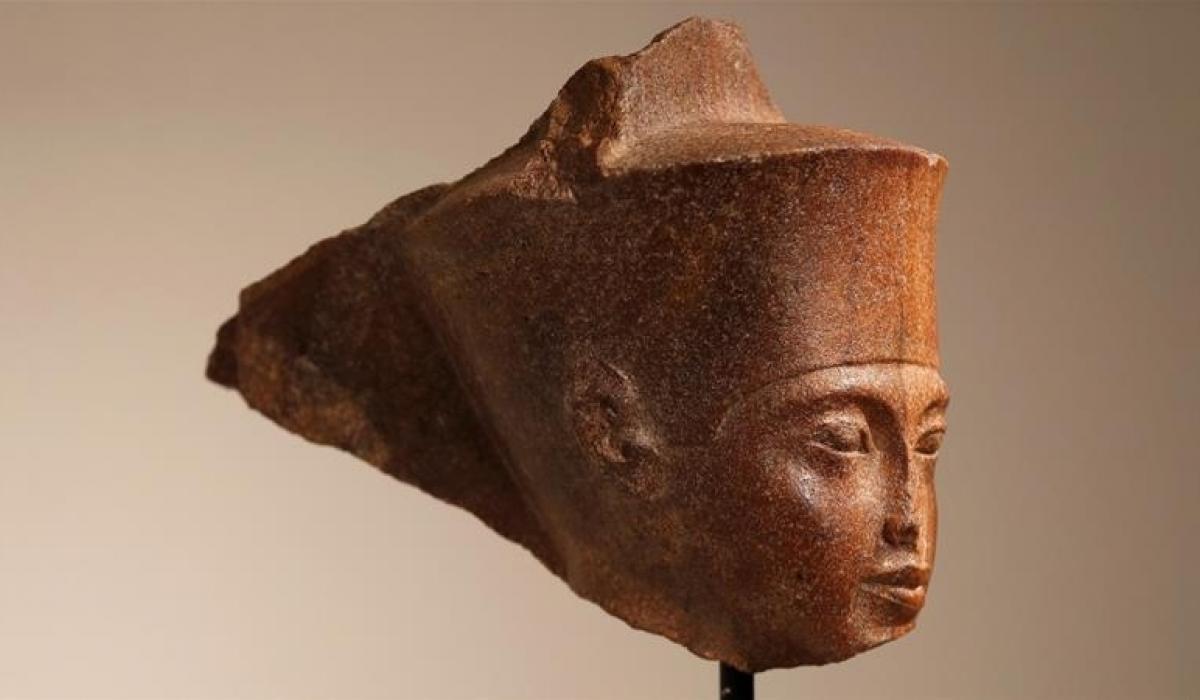Тутанхамоны толгойн баримал зургаан сая доллараар зарагдав