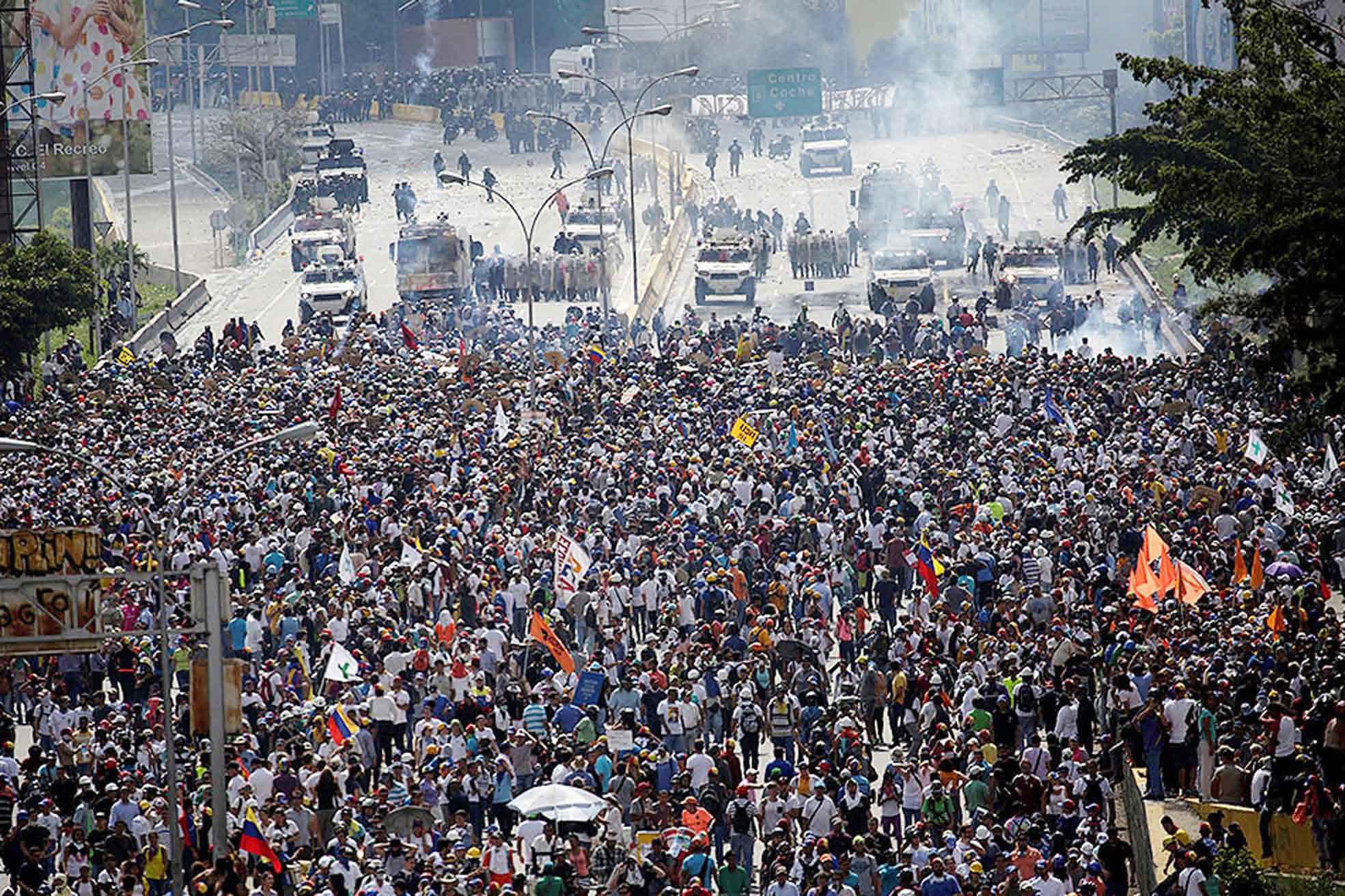Венесуэль тамыг Уго Чавес, Мадуро нар биш, Венесуэлийн ард түмэн бүтээсэн