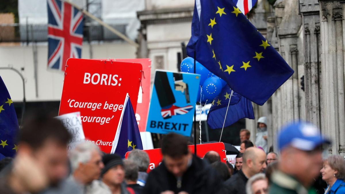 Европын холбоо BREXIT-ийн төслийг хүлээж авсангүй